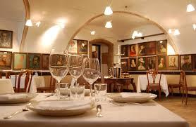 """Padova, al ristorante mangia e se ne va. Su un biglietto: """"Scusate, avevo fame"""""""