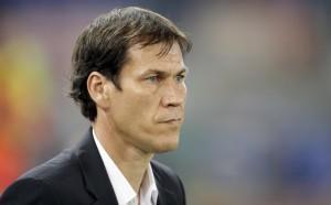 Roma, Rudi Garcia usa cellulare in panchina: 122mila euro di multe