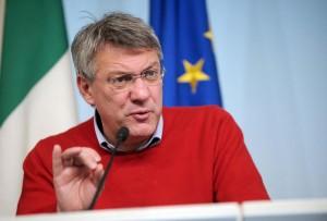 """Maurizio Landini: """"Renzi si convinca, contro il lavoro non va da nessuna parte"""""""