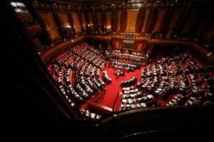 Stabilità, tra gli emendamenti spunta sgravio agli eletti che versano al partito
