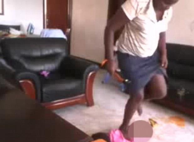 Uganda, tata pesta a sangue bimba di 2 anni: arrestata per tortura02