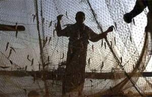 India, tenta suicidio: si salva ma viene violentata da due pescatori