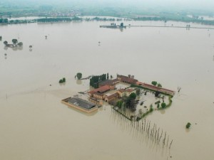 """Alluvione '94 Piemonte. Soldi alle imprese aiuti di Stato, la Ue: """"Risarcite"""""""