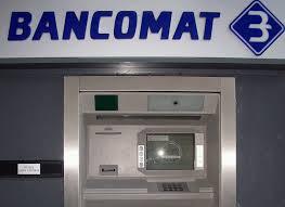 Covo, rapinatori fanno esplodere bancomat: bottino da 15mila euroCovo, rapinatori fanno esplodere bancomat: bottino da 15mila euro