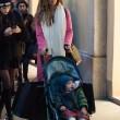 Belen e Ceclia Rodriguez, shopping con Santiago01