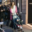 Belen e Ceclia Rodriguez, shopping con Santiago02