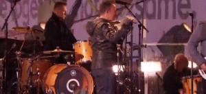U2 a Times Square senza Bono Vox