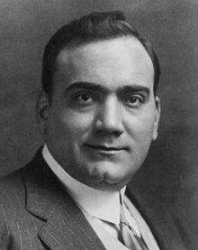 """""""Enrico Caruso palpeggiava le donne"""": lo dice una sentenza del 1906 sul tenore"""