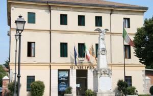 Rovolon (Padova) paga una rata mutuo a 16 famiglie. Regalo di Natale del sindaco