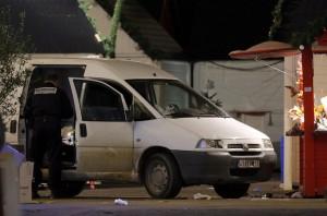Nantes, morto uno degli 11 feriti. Proiettile contro sinagoga a Nord di Parigi