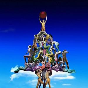 Albero di Natale con una piramide di donne nude