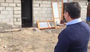 Napoli: villino abusivo nel campo rom di Scampia