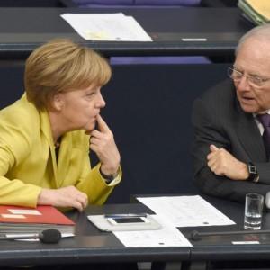 "Schaeuble promuove Jobs Act e ""costringe"" Merkel a retromarcia su riforme Renzi"