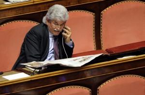 """Antonio Razzi e lap dance: """"Le italiane? Voto 8. Ma alle svizzere 8,5"""""""
