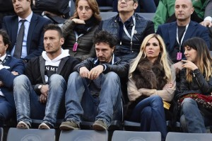 Francesco Totti e Ilary Blasi agli Internazionali del Tennis (LaPresse)
