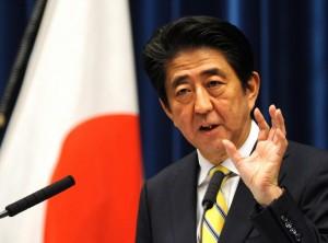 Giappone, Shinzo Abe vince elezioni e riconquista maggioranza