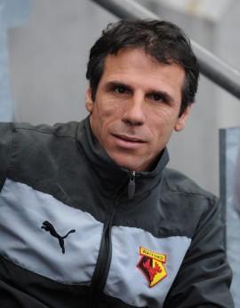 Cagliari, Gianfranco Zola allenatore dopo esonero Zeman e no di Zenga