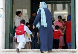 """Ahmed, 8 anni, a scuola dice: """"Sto coi terroristi"""". Polizia lo interroga"""