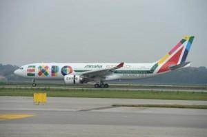 """Alitalia, primo volo """"nuova"""" compagnia decolla da JFK"""