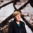 """Grecia, Merkel gela Tsipras: """"No alle cancellazioni del debito"""""""