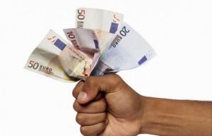 Piano salva-banche: Bce compra crediti deteriorati, Tesoro garantisce