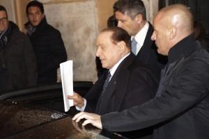 Berlusconi a Cesano Boscone nel venerdì del centrodestra in fiamme