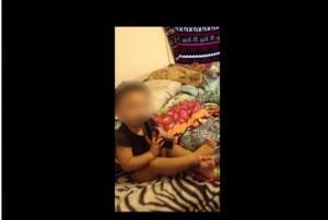 """Usa, bimba 12 mesi si infila pistola in bocca. Mamma la incoraggia a dire """"bum"""""""