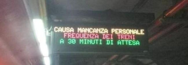 """Roma: mancanza personale Capodanno. Atac scrive """"ritardi fino 30 minuti"""" alle fermate FOTO"""