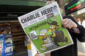 Charlie Hebdo: nuove vignette su Maometto nell'edizione speciale di mercoledì