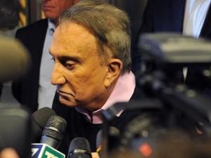 """Emilio Fede fa causa a Mediaset. L'annuncio alla Zanzara: """"Voglio 8 milioni"""""""