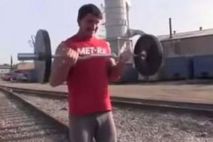 Greg Plitt, attore ucciso da treno: spunta VIDEO YouTube allenamenti sui binari