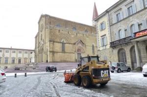 Maltempo, gelo e bufere al centro-sud. In Toscana allerta neve