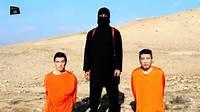 Ostaggi dell'Isis prima dell'esecuzione