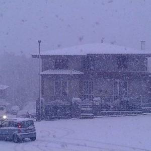 Maltempo, scuole chiuse per neve da Cagliari a Nuoro, frana a Petilia Policastro