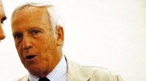Pensione da 24mila netti al mese a dipendente comune Perugia Mario Cartasegna