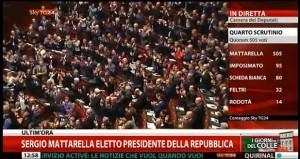 """Mattarella. Ovazione e applausi. Sky: """"Quattro minuti di standing ovation"""""""
