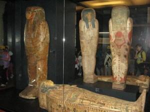 Mummie false ai Musei Vaticani. Non è truffa, era una moda