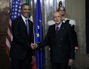 """Barack Obama telefona a Napolitano: """"Grazie per il tuo impegno"""""""