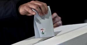"""Primarie Pd, """"50euro se voti Renzi"""": disoccupato fa nome di un commercialista"""