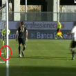 Davide Astori video gol fantasma in Udinese-Roma: la palla era entrata?