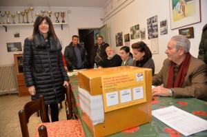 Raffaella Paita, portavoce Simone Regazzoni presenta libri a CasaPound