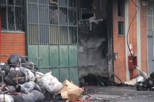 Incendio Prato. Risarcimenti: 100mila € a sindacati, 25mila al sopravvissuto. Perché?