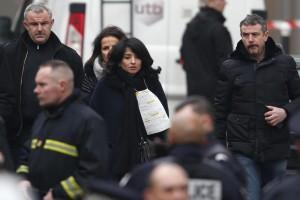 """Charlie Hebdo, Jeannette Bougrab: """"Fidanzata con Charb"""". Famiglia: """"Non è vero"""""""