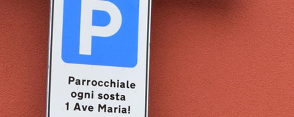 Rovetta (Bg): il parcheggio si paga recitando l'Ave Maria FOTO