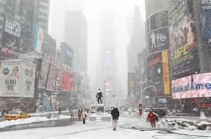 Times Square sotto la neve