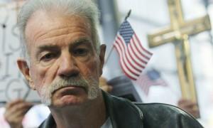 Terry Jones, pastore anti Corano, frigge patatine: è nella lista nera Al Qaeda
