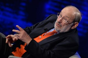 """Umberto Eco: """"Papa Francesco ha suggerito di scopare meno"""""""