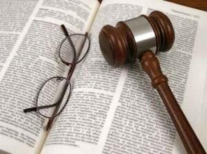 Diritto di cronaca vince su presunta diffamazione contro Tribunale