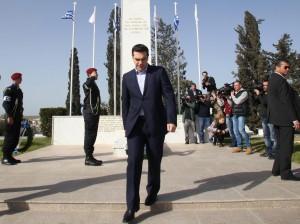 Grecia. Tsipras alla fine cede: verso richiesta di proroga 6 mesi prestito
