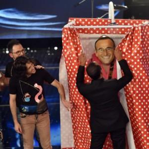 I Kutso e Carlo Conti a Sanremo (foto Ansa)